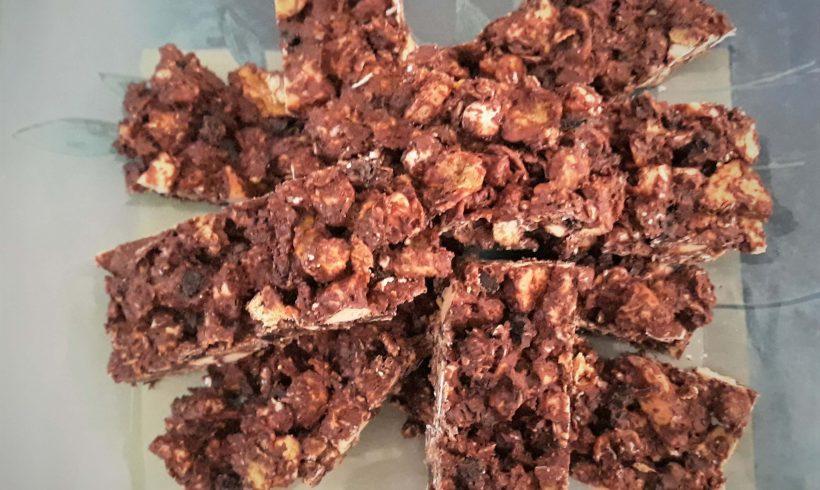 Μπάρες με ξηρούς καρπούς και σοκολάτα BIO FARMA